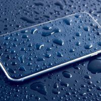 What You Need to Do if Your iPhone Gets Wet